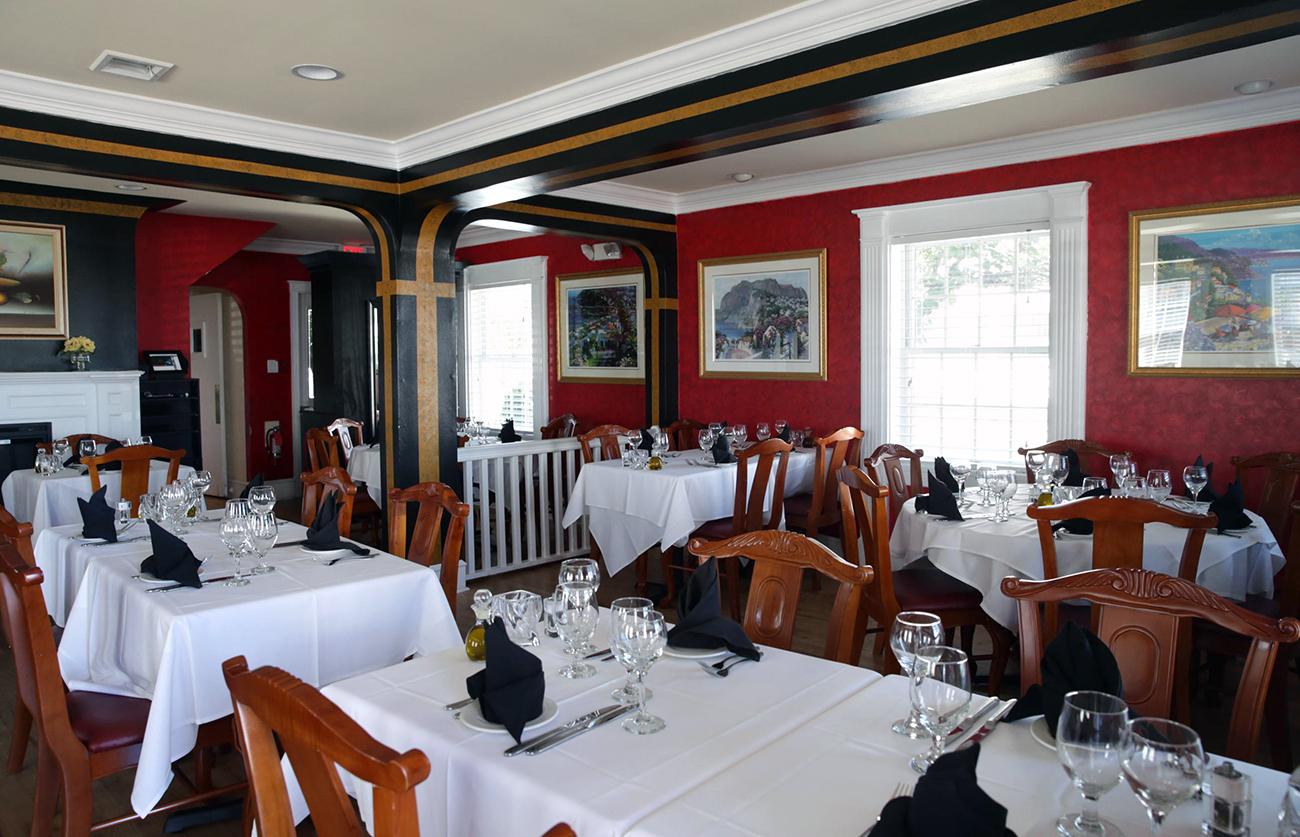 Buona Vita Dining Room